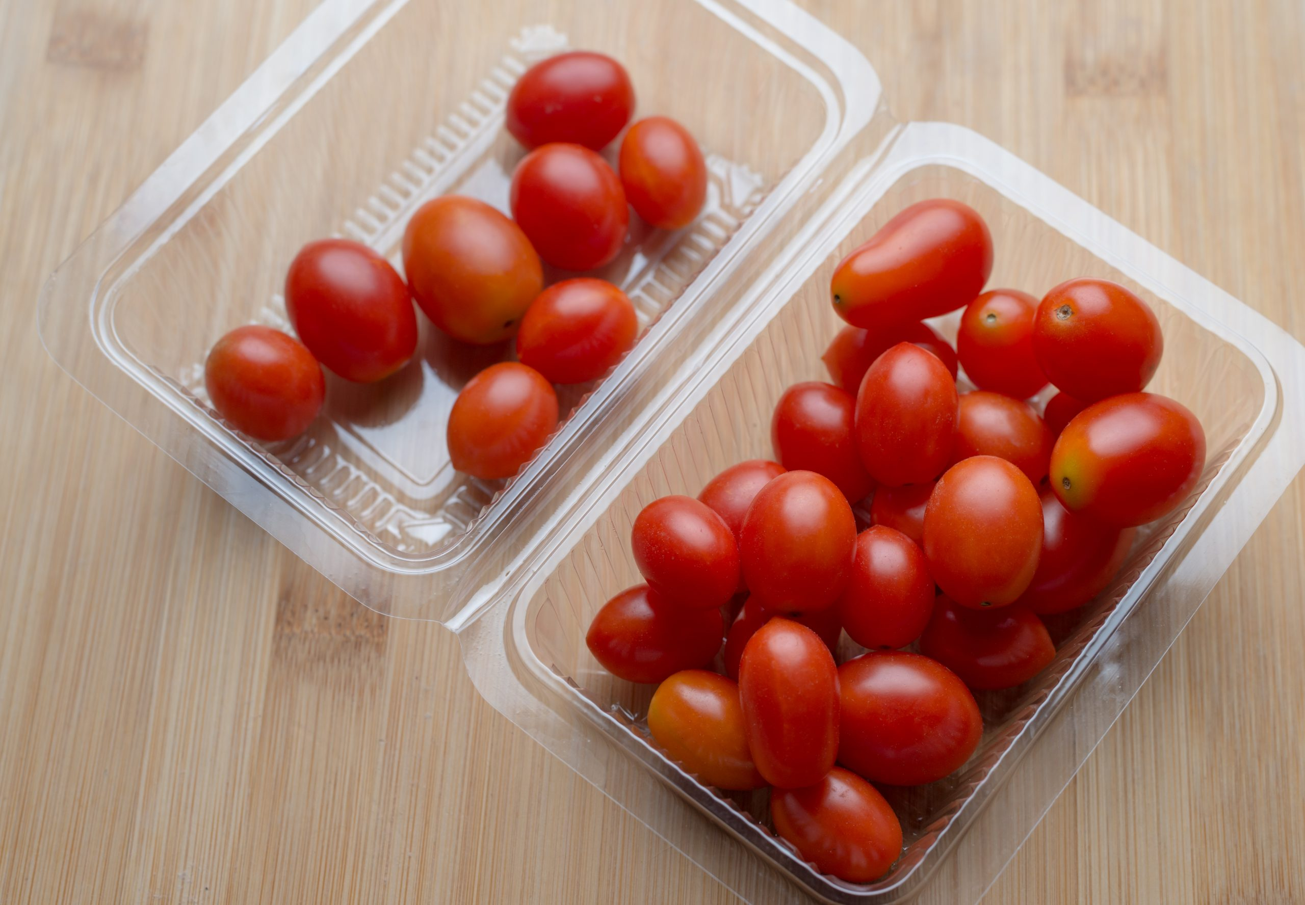 tomatoes in sustainable plastic carton